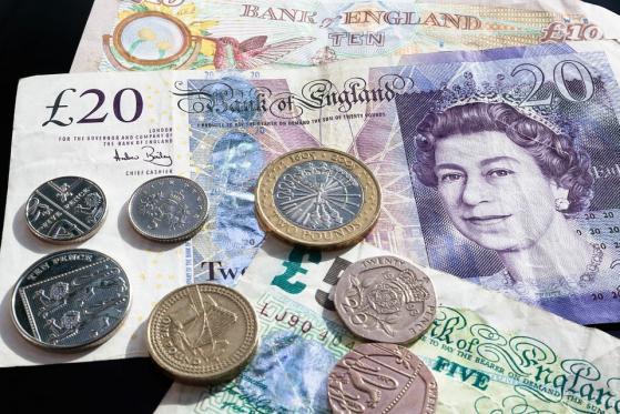 Peso apertura: Moneda opera en nivel más débil 2 semanas