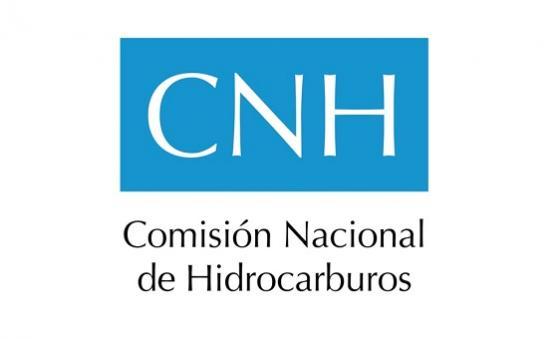 México dice producción de crudo cae 3.2% en agosto